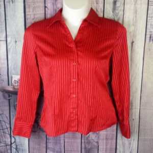 red shimmery button up blouse size Large Q38